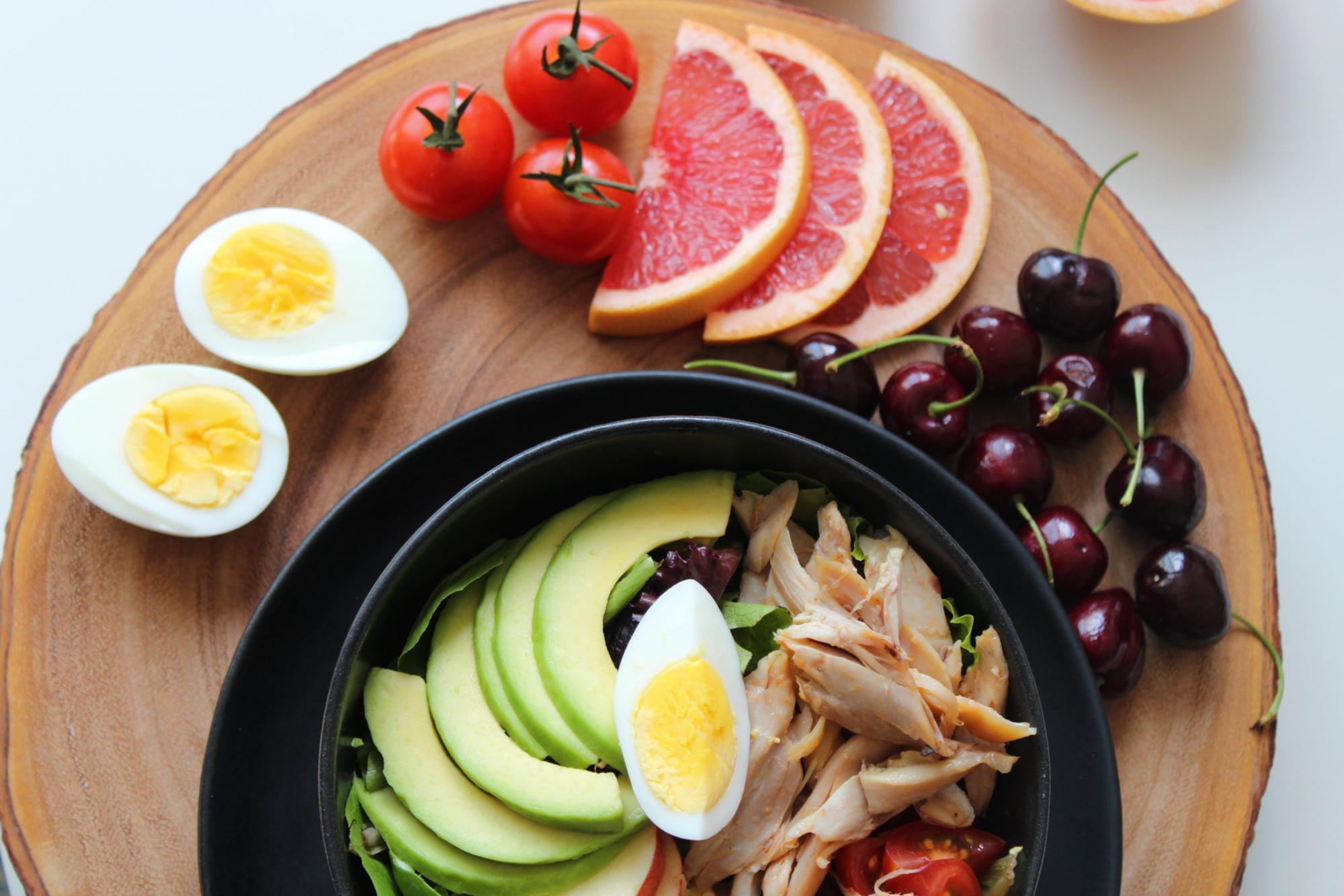 Что съесть перед сном: диетолог рассказала, как перехитрить вечернее чувство голода