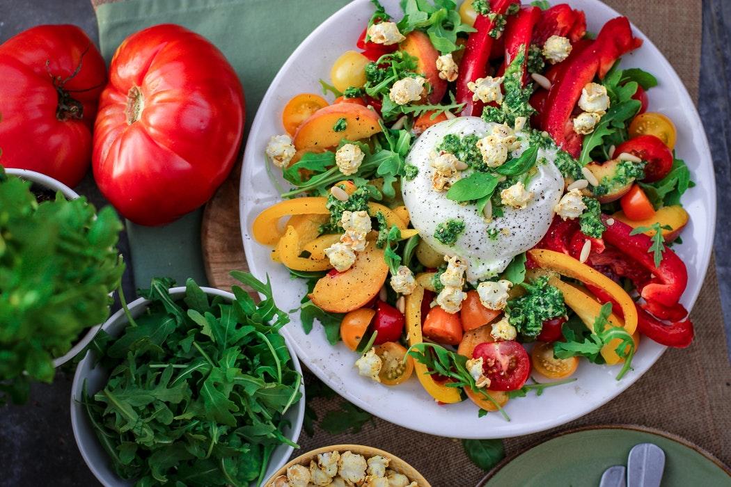 Дієтолог назвала топ-3 правила здорового харчування