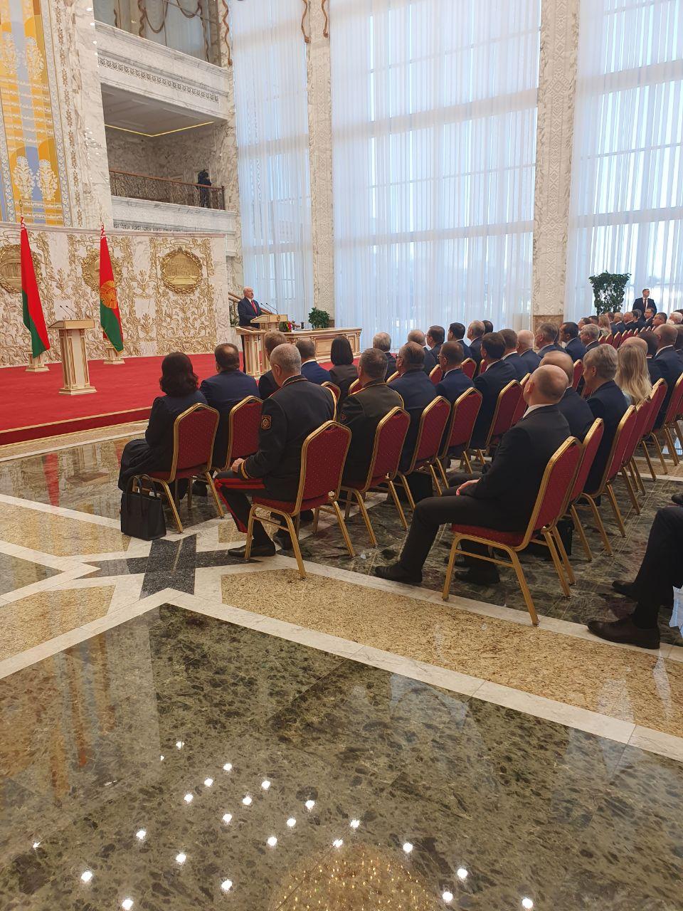 Лукашенко вступив на посаду президента Білорусі на таємній інавгурації