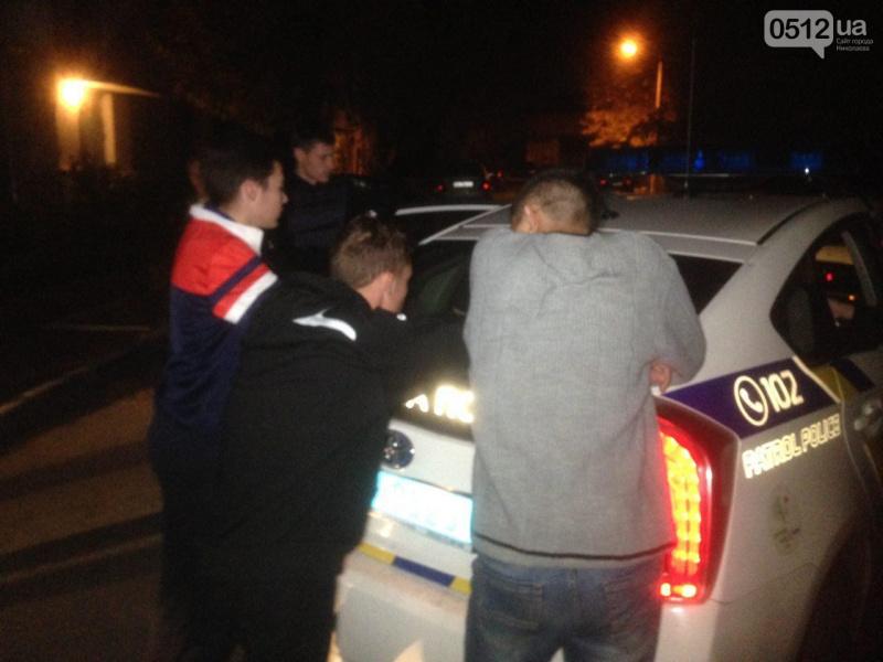 Вцентре Николаева 100 человек сошлись вмассовой потасовке