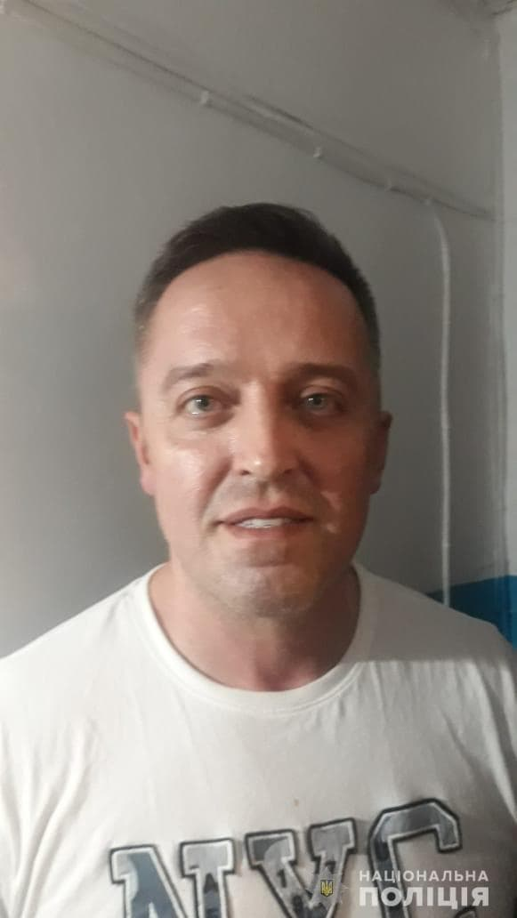 Сбежал из зала суда: в Харькове полиция ищет подозреваемого иностранца