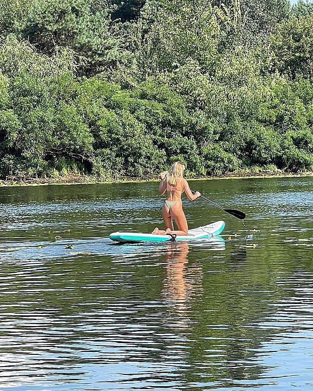 Амазонка: Нікітюк захопила формами у відвертому купальнику і своєю майстерністю