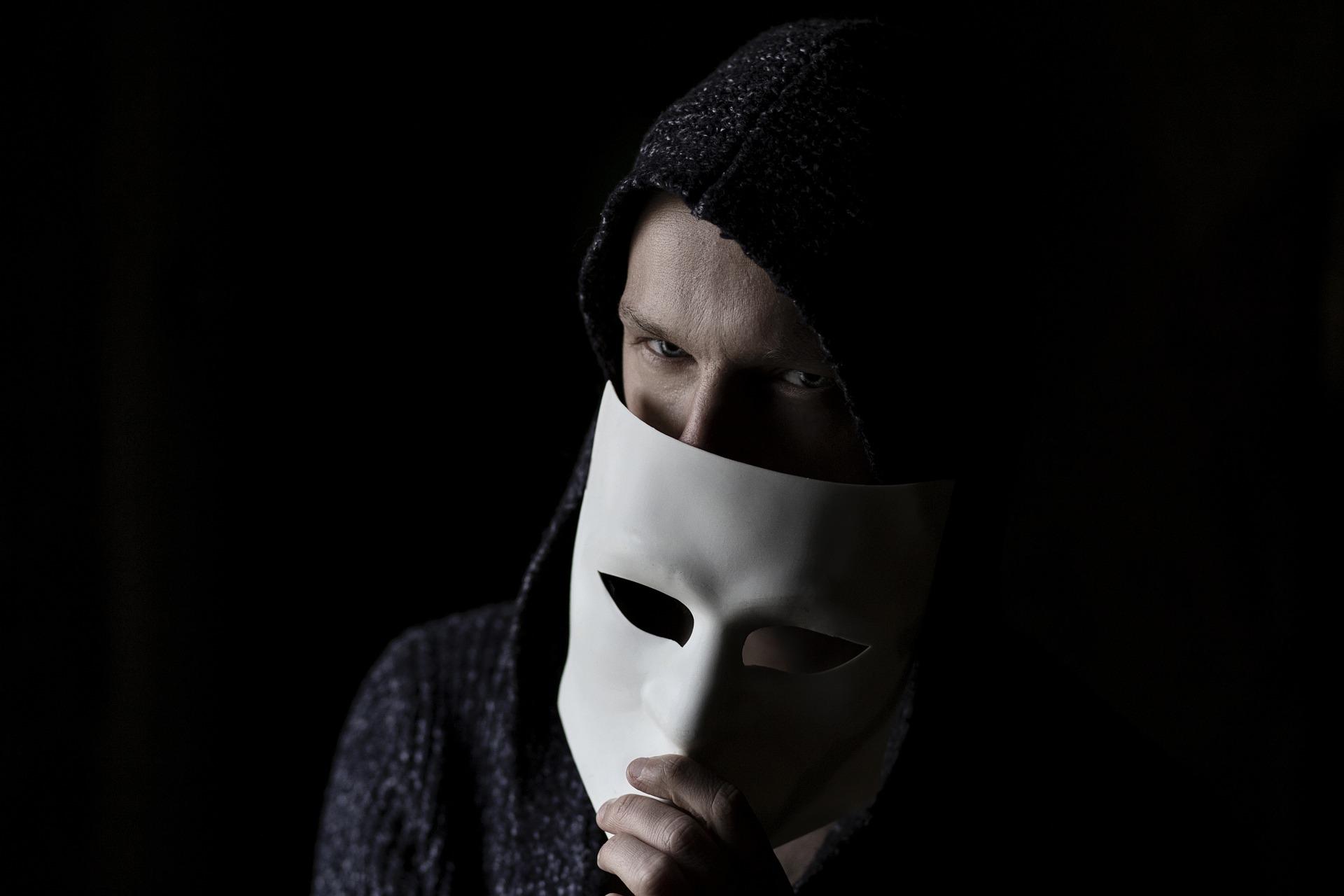 Мошенничество в сети: полиция рассказала о новых схемах