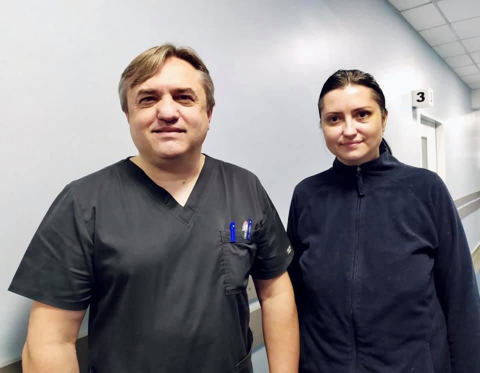 Зможе побачити донечку: у Львові медики повернули зір жінці із рідкісним синдромом