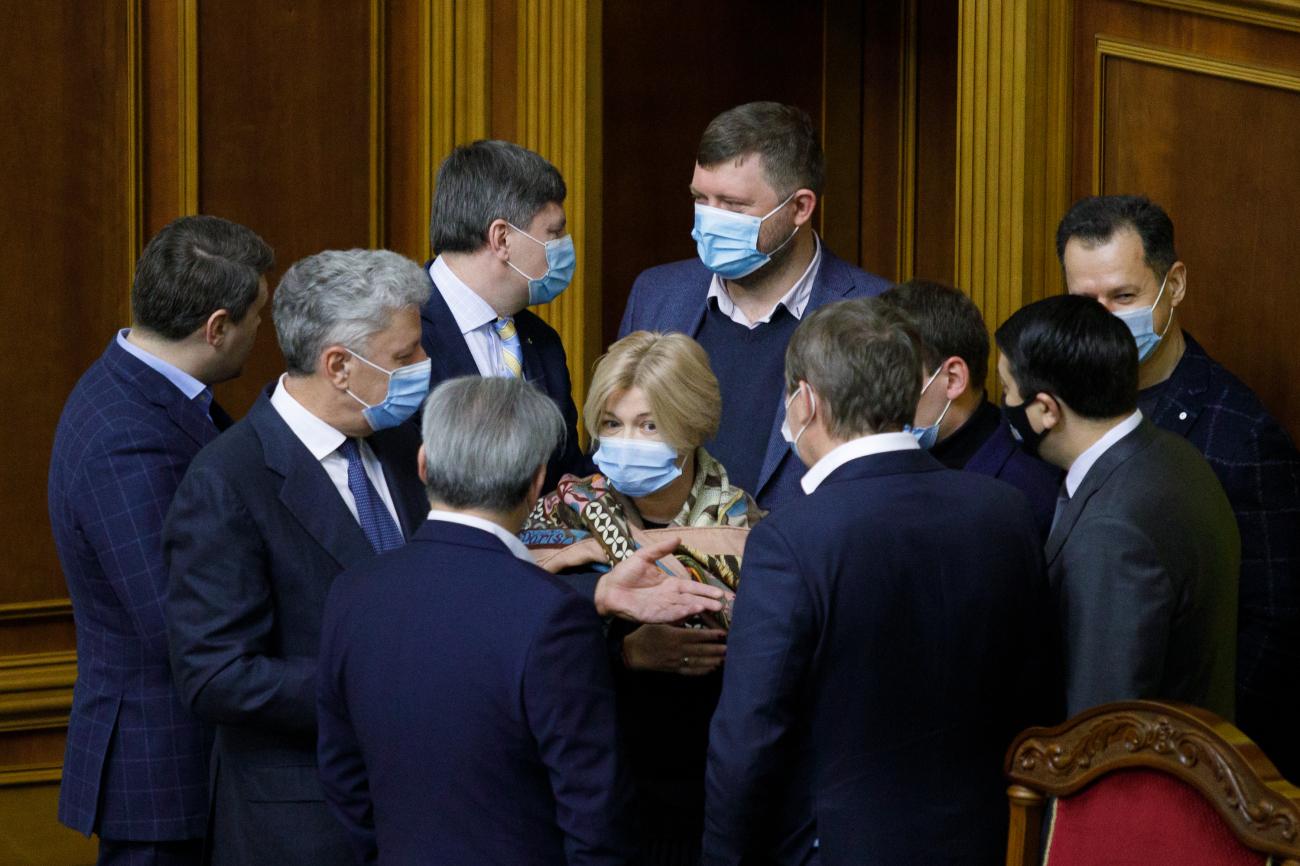 Министры на выход. Какие перестановки в Кабмине готовит команда Зеленского