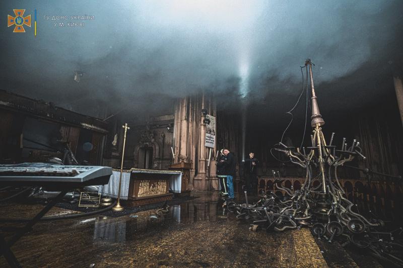 У Мінкульті розповіли, як українцям скинутися на відновлення костелу Святого Миколая