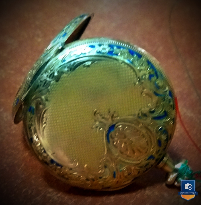В Киеве на аукцион выставили необычные часы 1800 года за 450 тысяч (фото)