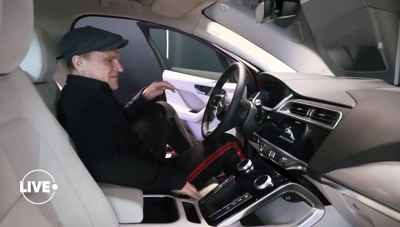 Потап на джипе за 3 миллиона: журналисты показали дорогущие авто украинских звезд