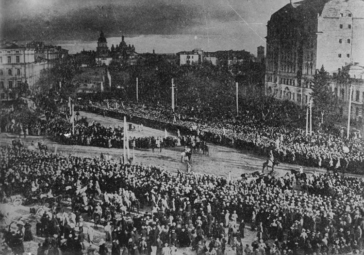 Проголошення Акту злуки на Софійській площі в Києві 22 січня 1919 року