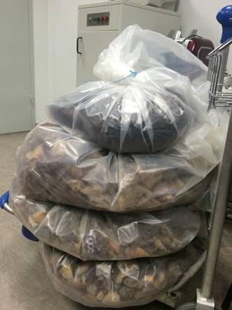 Гражданин Украины пытался вывезти в Китай 85 кг янтаря