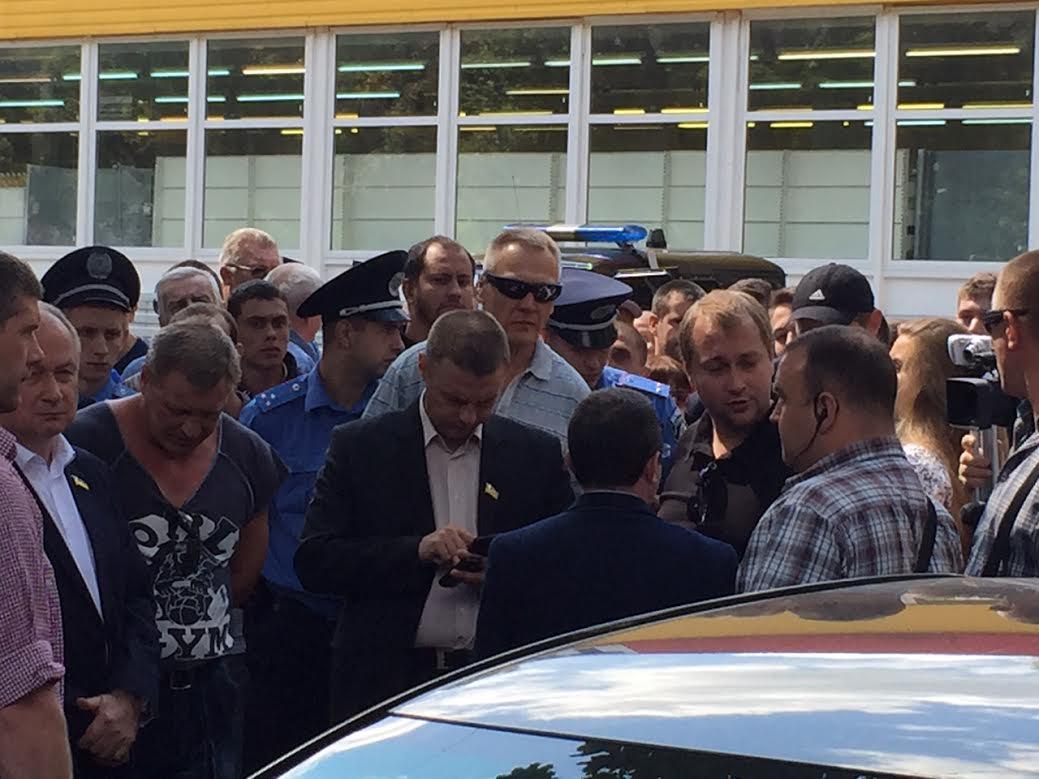 205 округ: Корбан уличил штабистов Березенко в перевозке оружия