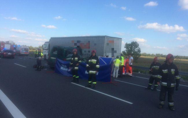 Фото: в Польше столкнулось два украинских авто