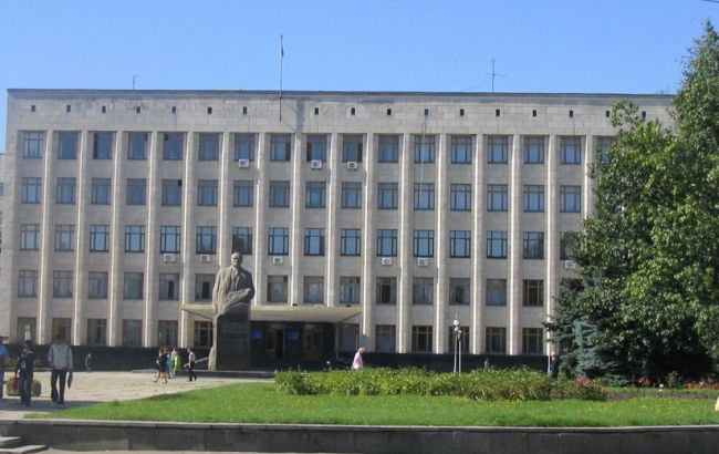 У Житомирську облраду за підсумками обробки 66% голосів проходять 8 партій