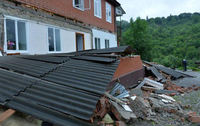 Фото: наслідки урагану в Чечні