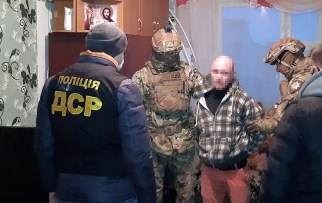 У Хмельницькій області затримали групуфальшивомонетників