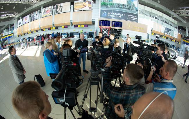 Ярославський: замість розмов про новий аеропорт у Дніпрі можна було вже рік його будувати