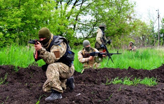 Двое украинских военных получили ранения минувшие  сутки взоне АТО