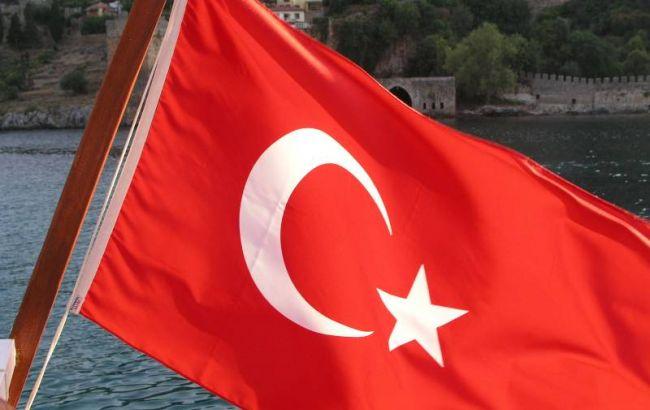 У результаті вибуху автомобіля в Туреччині загинули двоє військових