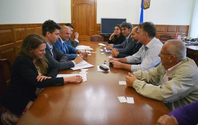 Фото: зустріч керівництва Держенергоефективності з компанією Designergy (saee.gov.ua)