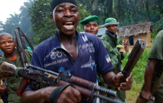 Фото: на село хуту напали бойовики з племені нанді