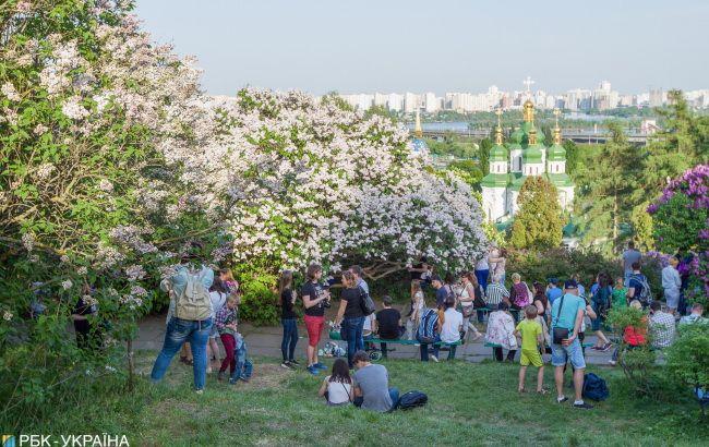 В Украине сегодня потеплеет до +30