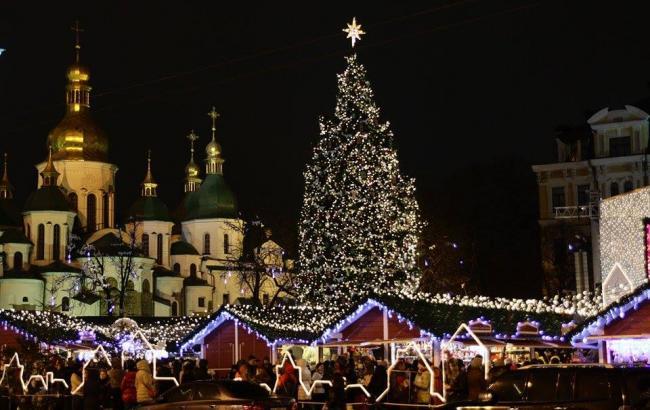 Фото: елка на Софийской площади в Киеве