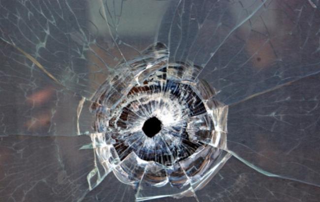 Фото: Постріл у вікно (freesmi.by)