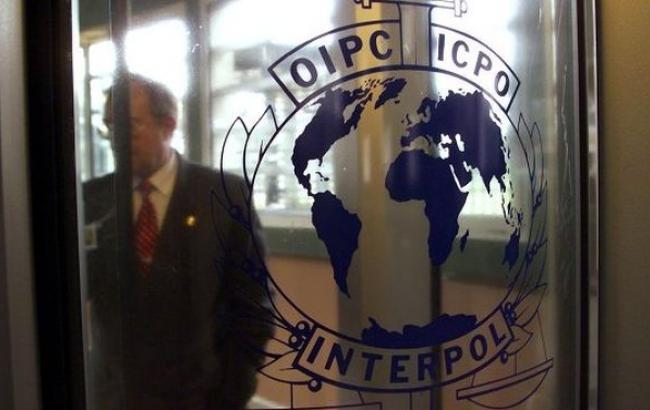 Интерпол отказал Украине в объявлении Януковича в розыск по подозрению в убийстве и злоупотреблении властью
