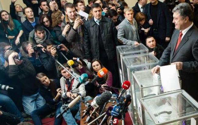 Порошенко: выборы Рады проходят без существенных нарушений