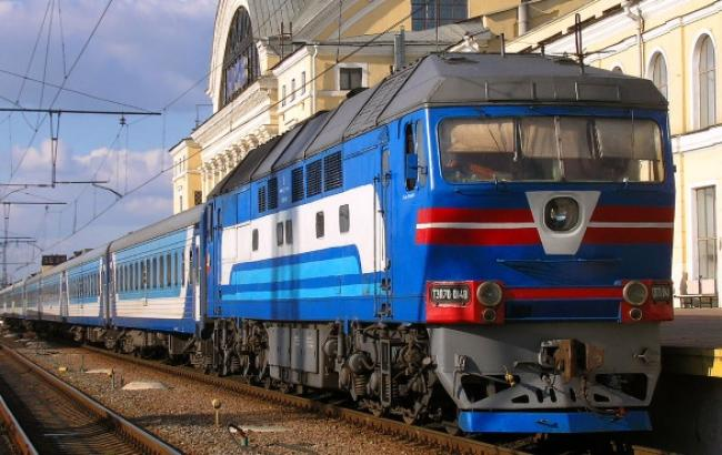 В результате взрыва на железной дороге в Харькове инфраструктура не пострадала, - прокуратура