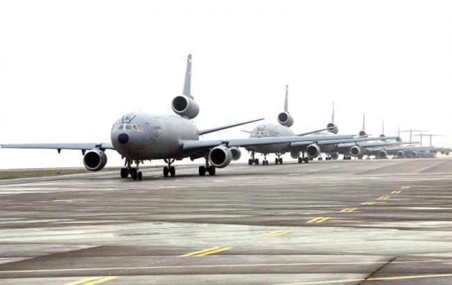 У США смертник підірвав автомобіль на військовій авіабазі