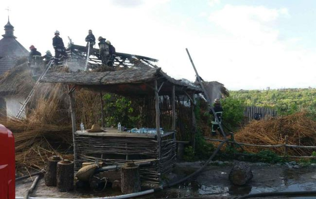 НаХортице горела «Запорожская Сечь»