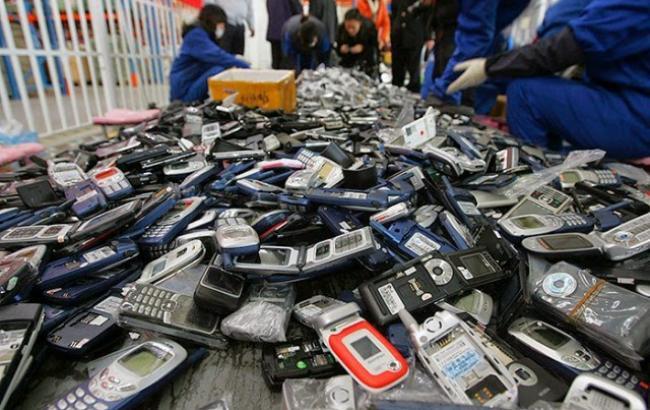 Фото: Старі телефони