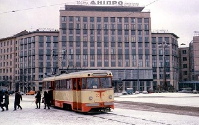 Общественные здания Киева послевоенной эпохи