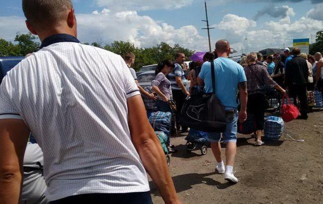 """На Донбасі на КПВВ """"Зайцеве"""" помер житель Горлівки"""