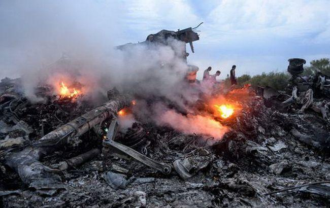 Фото: місце аварії Boeing МН17