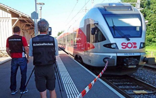 Фото: одна из жертв нападения в поезде скончалась
