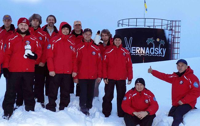 Як живуть в Антарктиді українські полярники