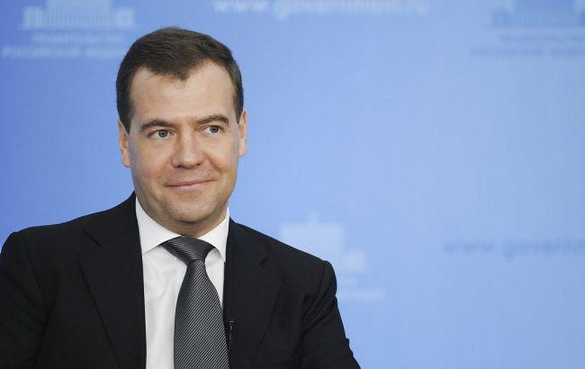 Медведєв: Росія і Захід скотилися до нової холодної війни