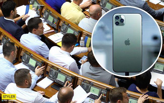 """""""Слуга народу"""" засвітив у Раді новенький iPhone 11 Pro (фото)"""