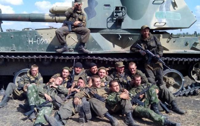 Бойовики на Донбасі сформували 4 ударні угруповання з 14-15 тис. російських найманців, - ІС