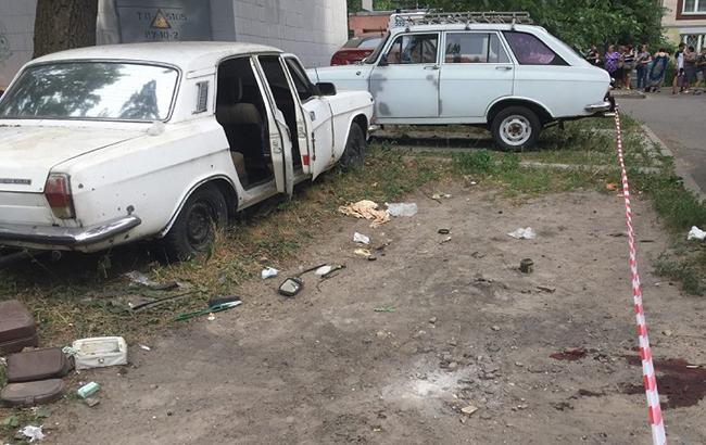 Фото: место взрыва в Киеве (kyiv.npu.gov.ua)