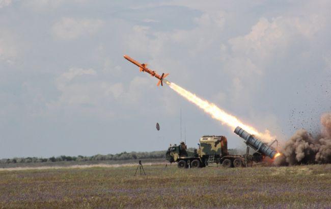 """Озброєння нового покоління. Ракетний комплекс """"Нептун"""" передадуть армії у березні"""