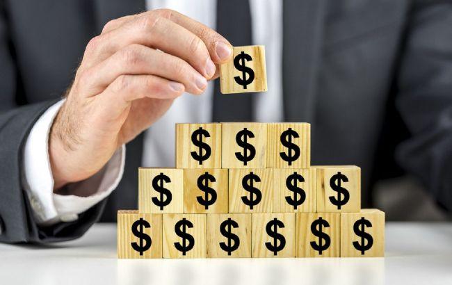 """В Україні """"піраміди"""" виводять в РФ мільйони доларів: вкладники під ударом"""