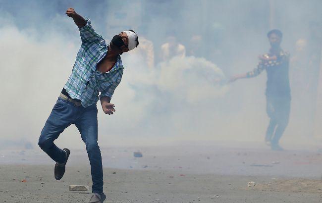 После смерти восьмерых человек введен комендантский час— Индийский Кашмир