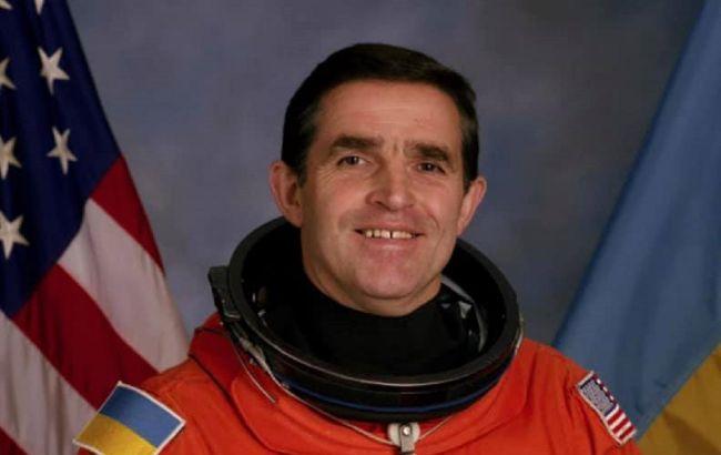 Сеть возмутило состояние могилы украинского космонавта Каденюка