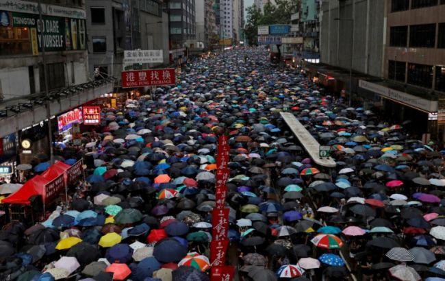 В Гонконге заявили о 1,7 млн участников протеста