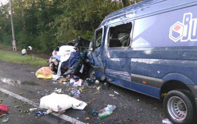 На Российской Федерации вДТП попал микроавтобус сукраинцами