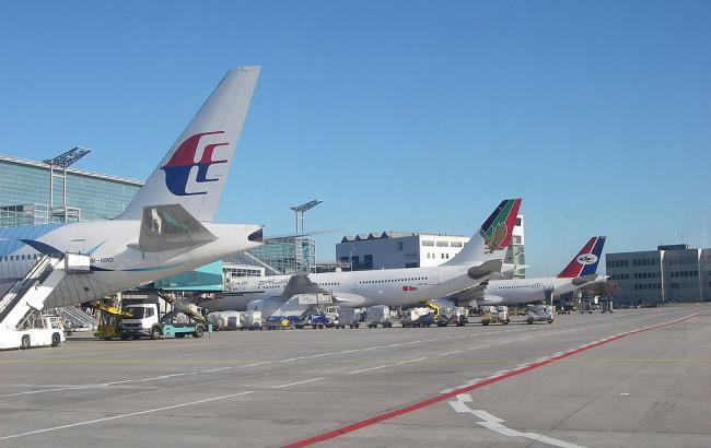 В аеропорту Франкфурта загорівся аеродромний тягач, є постраждалі