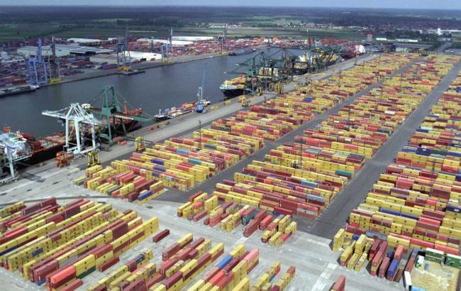 Фото: порт Антверпена (wikipedia.org)